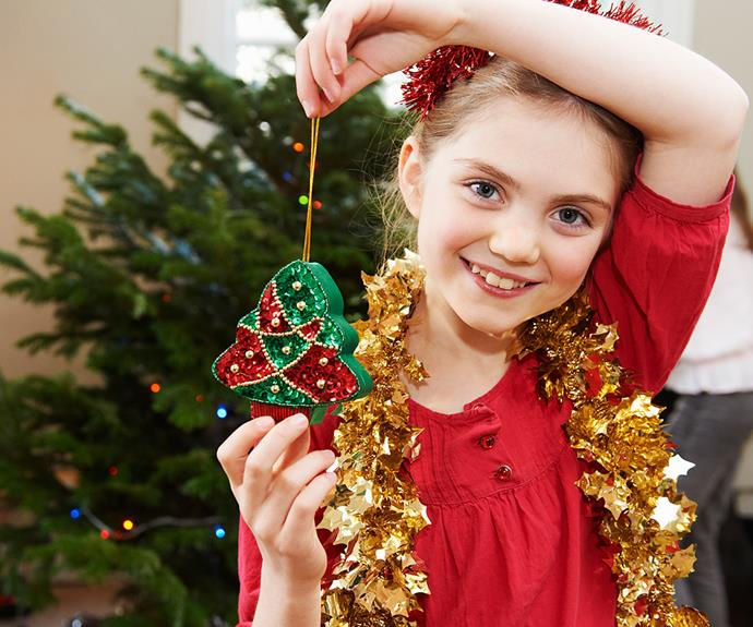 Experts suggest parents shouldn't lie to their children about Santa being real.