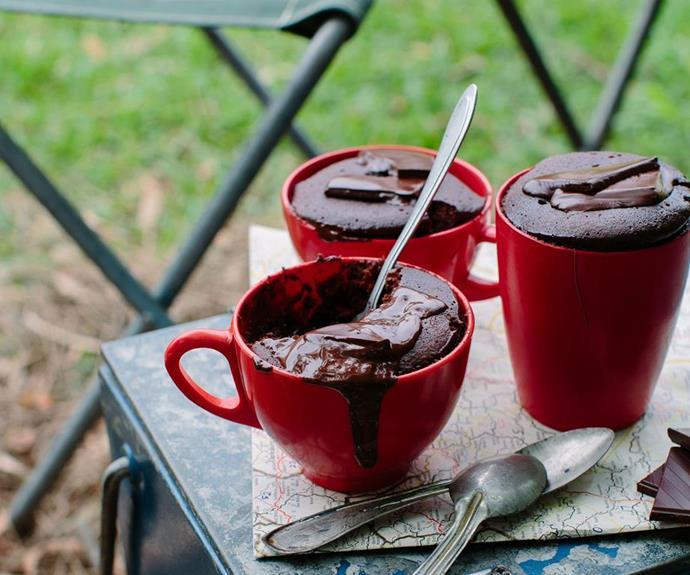 Chocolate Nutella mug puddings