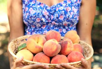 13 weeks pregnant: Your baby is the size of a peach