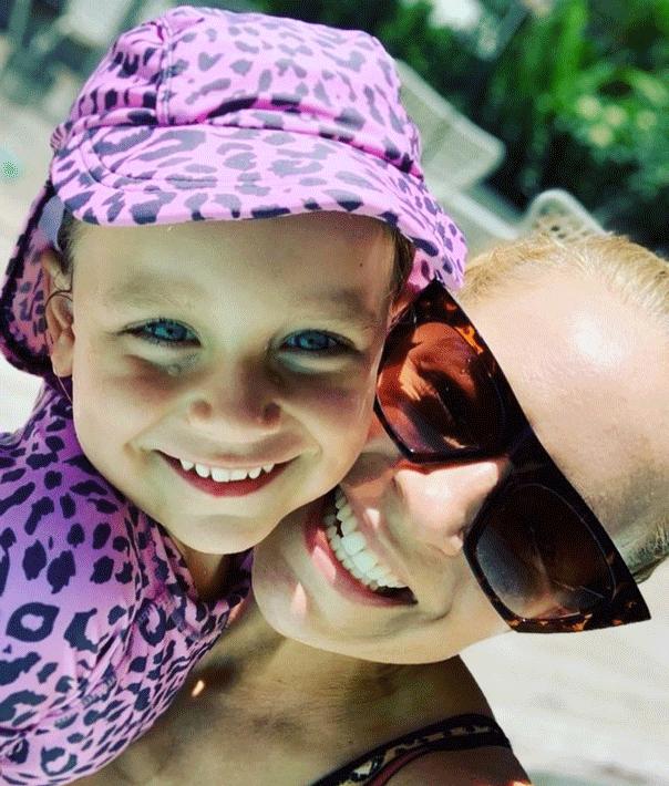 Carrie Bickmore, daughter Evie, swimwear.