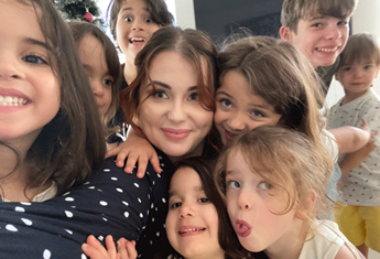 A mum of eight shares her best parenting advice and we are taking notes