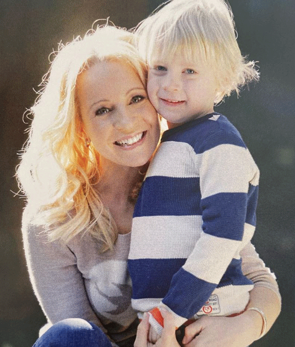 Carrie Bickmore son