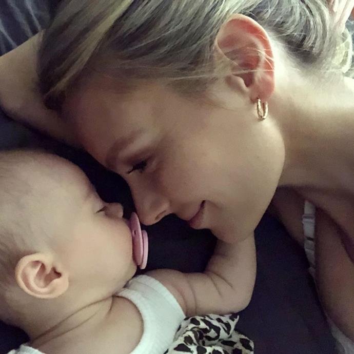 Jennifer Hawkins and baby , Frankie Violet