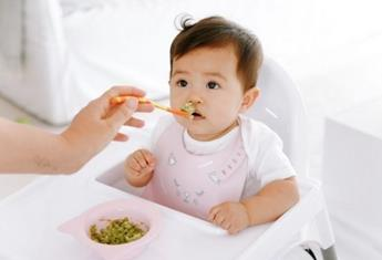 Store-bought baby food: The truth about frozen baby foods versus the off-the-shelf variety
