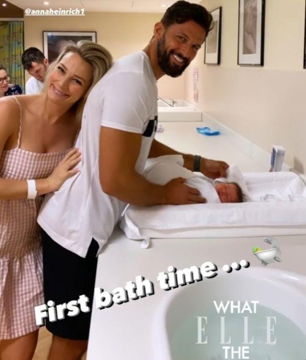 Elle first bath