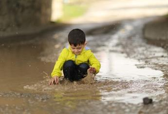 Flood safety: Expert advice from NSW Emergency Services on teaching your child to be a 'FloodSafe Kid'