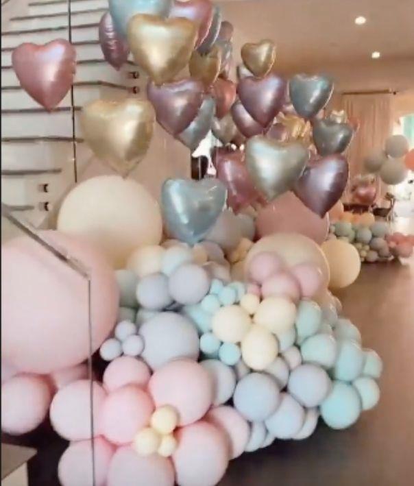 Cloud heart balloons